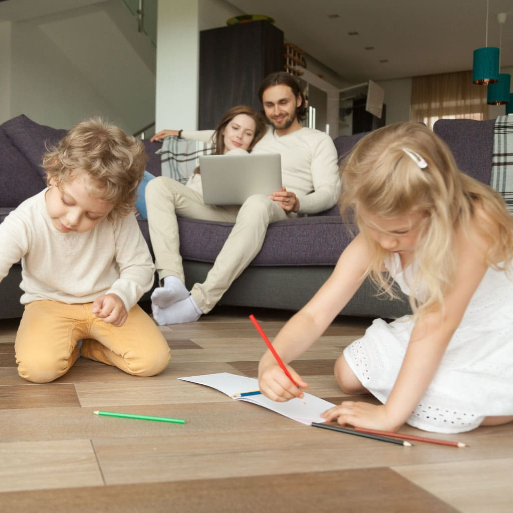 famille enfants plancher